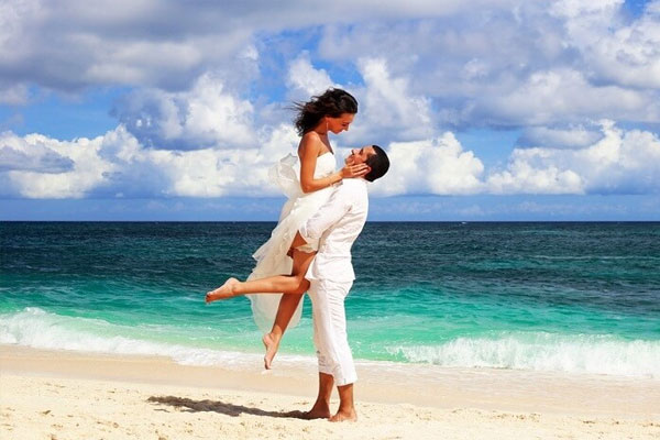 Package 02: Honeymoon package 5 days/ 4 nights